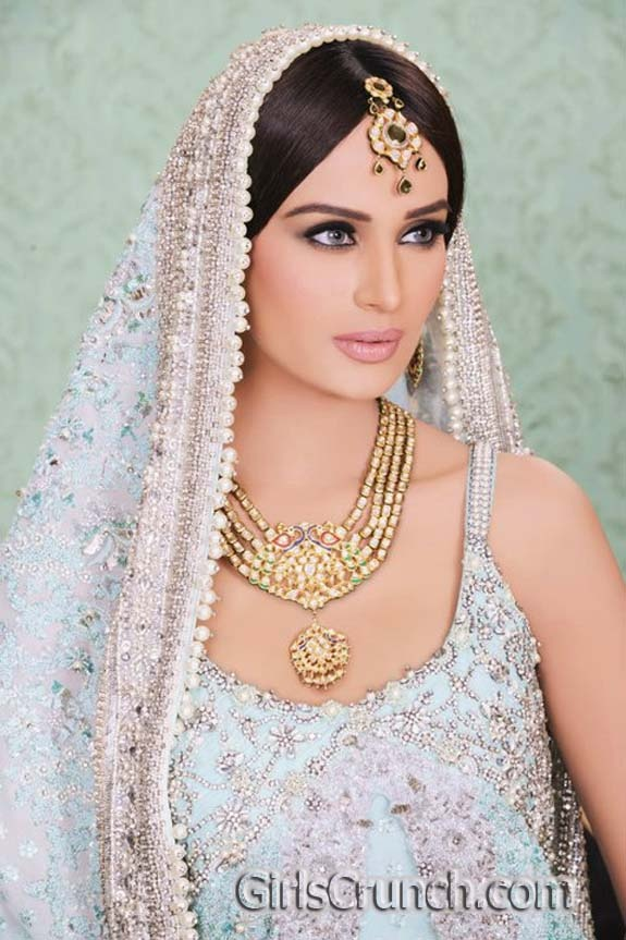 http://girlscrunch.com/wp-content/uploads/2011/08/Latest-Bridal-Dresses-Collection-By-Umar-Sayeed.jpg