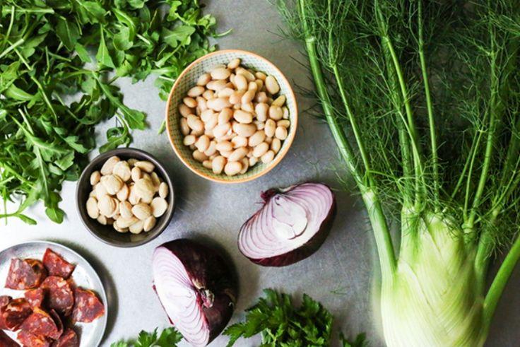 Εύκολη και θρεπτική σαλάτα με λευκά φασόλια Για να πάρετε μαζί σας στη δουλειά.