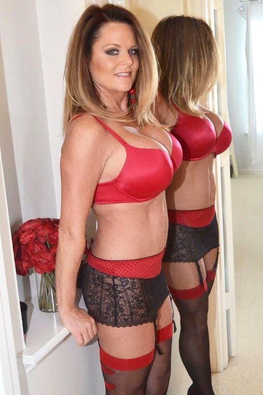 Old women lingerie pics