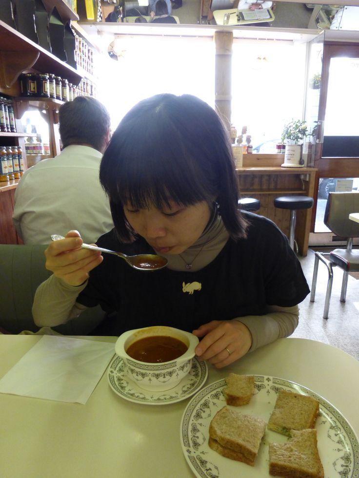 野菜スープ、スティルトンのサンドイッチ