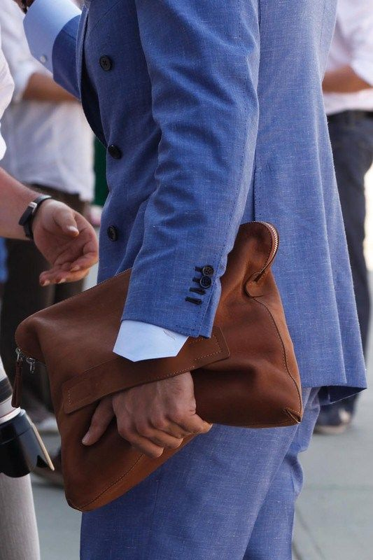 Streamline your accessories by swapping the briefcase for a Folio bag.