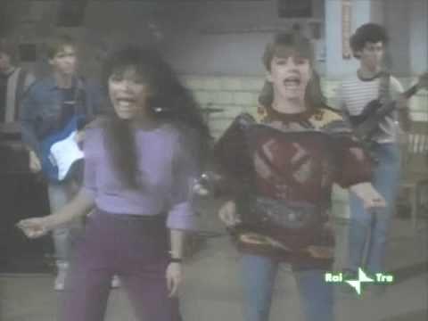 FAME - SARANNO FAMOSI (If the lady wants to play - Nia Peeples, Cynthia Gibb and Janet Jackson) - YouTube
