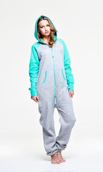 I WANT!!!!!! It looks so comfy!!!!!! OnePiece Contrast Soft Green - OnePiece – Jump In