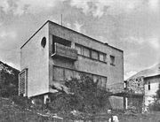 Lauber L.009b.Pécs.Kikelet szálló - Nyiri István (építész) – Wikipédia
