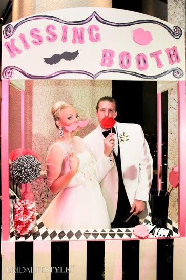 Love This Kissing Booth From Kelsey Coles Wedding Reception Real Oklahoma Fall