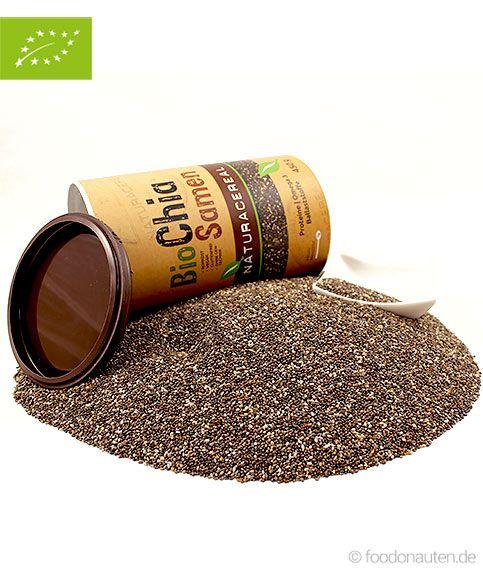 Die sehr einweiß- und vitaminreichen Chia-Samen sind eine hervorragende Quelle für pflanzliche Omega-3-Fettsäuren und zählen seit Jahrtausenden zu den Grundnahrungs- und Heilmitteln südarmerikanischer Indianerstämme. Ob roh gekaut, unter Speisen gemischt oder eingeweicht als Gelee oder Pudding, Chia Samen sind natürliche Kraftspender für jeden Tag. http://www.foodonauten.de/produkte/backzutaten/bio-chia-samen-450-g-in-der-dose/