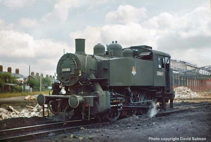 BR (Southern) USA class  0-6-0 T