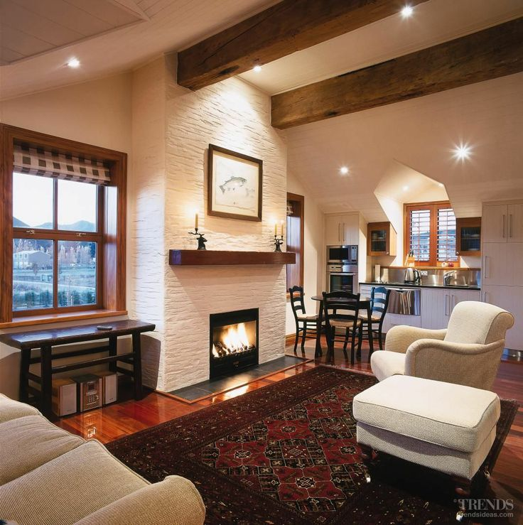 Wanaka House Guest lounge