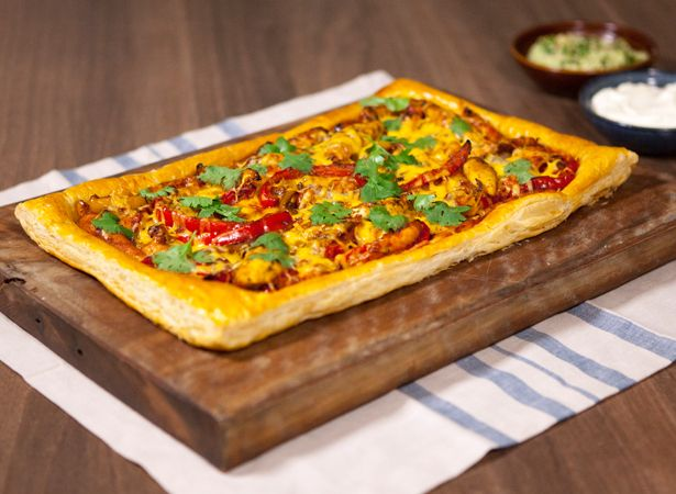 Mexican Chicken Fajita Puff Tart - Jus-Rol Pastry