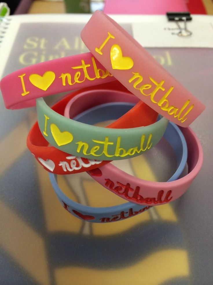Been collecting these #spreadthelove @England_Netball @EngNetballYAG #iheartnetball #firstgamewon #exciting  pic.twitter.com/4YjE1iXaSD