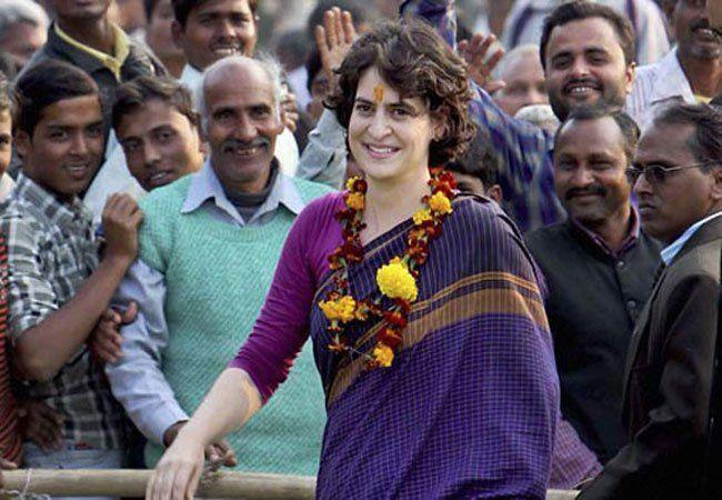 प्रियंका गांधी करेंगी कांग्रेस में एंट्री, बनेंगी राष्ट्रीय महासचिव!