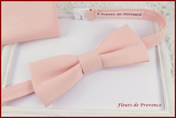 Set Noeud Papillon et Pochette costume assortie Tissu Peche