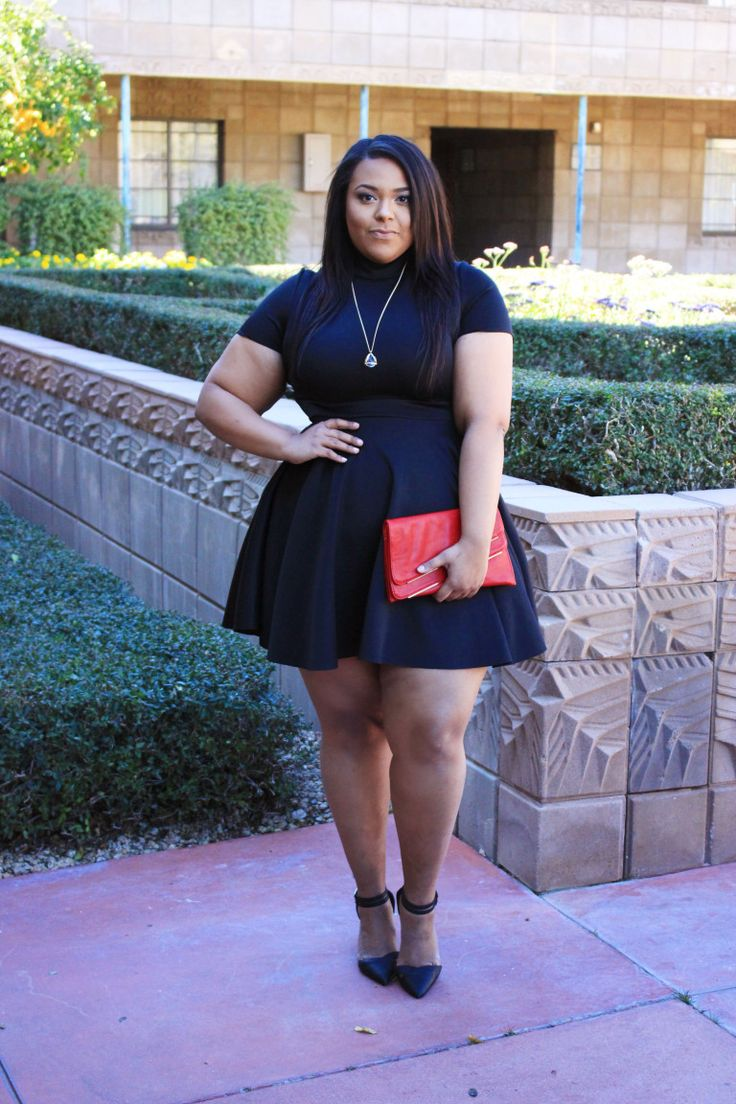 Hey budget babes! Today is another Valentine's post, but it has a little twist. I will bea modern day plus size Queen of Hearts. Enjoy!                              &...