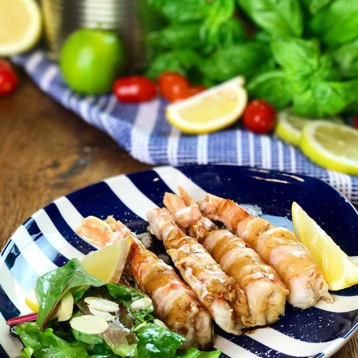 Un piatto perfetto per l'estate... deliziosi gamberi con salsa di soia e maionese 😍Volete scoprire la ricetta? guardate le nostre stories! #gamberi #chefincamicia #food #foodie #yummy #instafood #foodporn #igersfoos #noifacciamocosi #recipe #italianrecipe