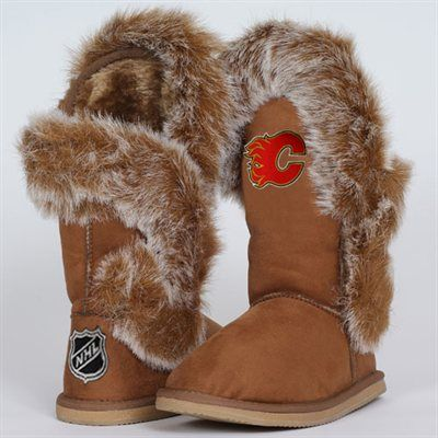 Cuce Shoes Calgary Flames Ladies The Fanatic Boots - Tan