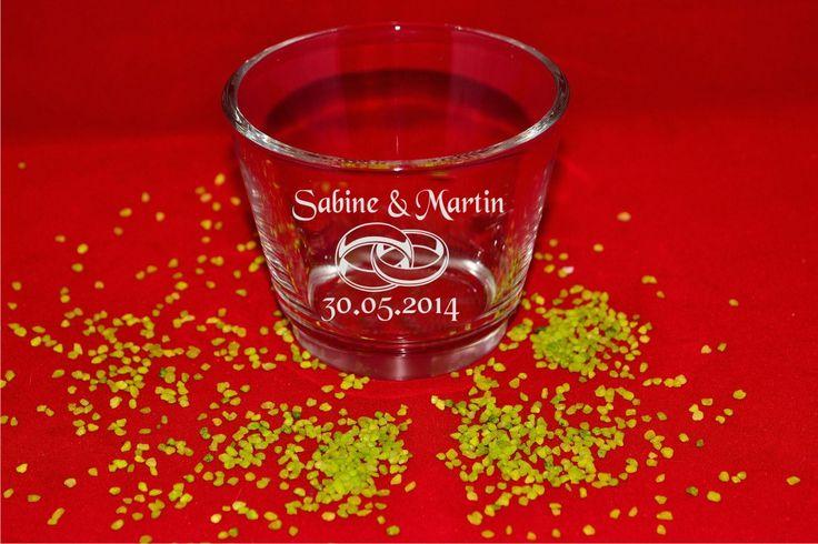 Teelicht zur #Hochzeit mit persönlicher Gravur  #Teelicht  #Lasergrvur #Geschenk