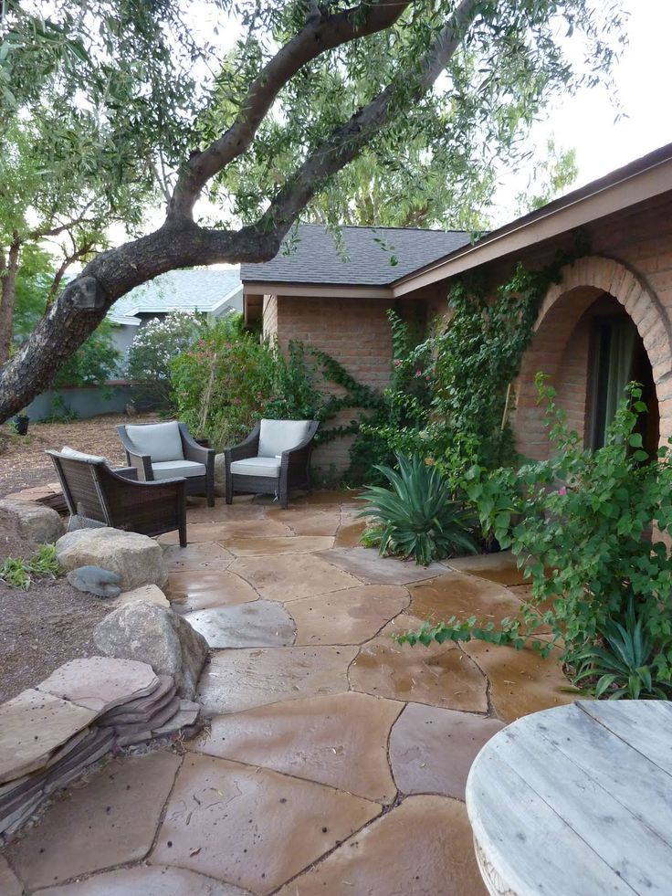Flagstone Patio Front Or Back Yard Home Dreaming