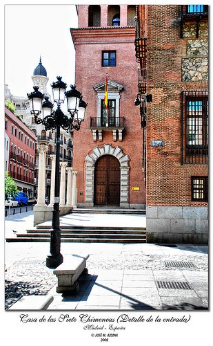 Casa de las Siete Chimeneas | Madrid