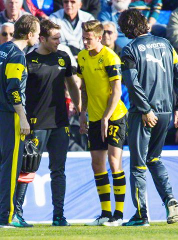 test match : bvb vs fc sion / erik durm (13/1/2015) Part. 1