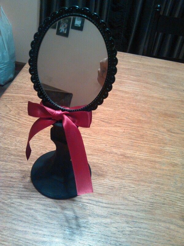 1000 ideas about diy vanity mirror on pinterest mirror vanity diy makeup vanity and diy. Black Bedroom Furniture Sets. Home Design Ideas