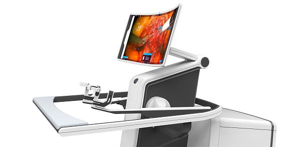 Detailansicht des gewölbten 3D-Monitors und des Handeingabebereichs.