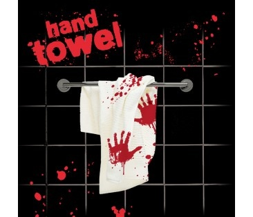 La serviette ensanglantée...