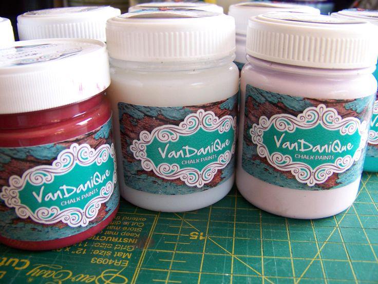 VanDaniQue Chalk Paint
