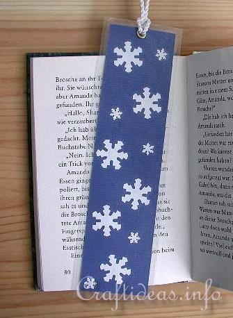 Christmas Paper Craft - Easy to Make Snowflake Bookmark