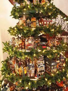 Un villaggio nel tuo albero di Natale!15 esempi stupendi... Un villaggio nel tuo albero di Natale. Date un'occhiata a questi spettacolari alberi di Natale dove sono stati creati dei piccoli villaggi che faranno sognare i piccoli e non solo! Lasciatevi...