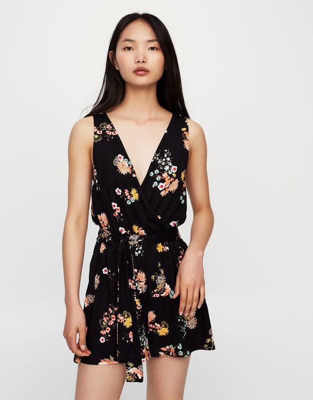 Oriental print wrap-neck jumpsuit - New - Woman - PULL&BEAR Ukraine