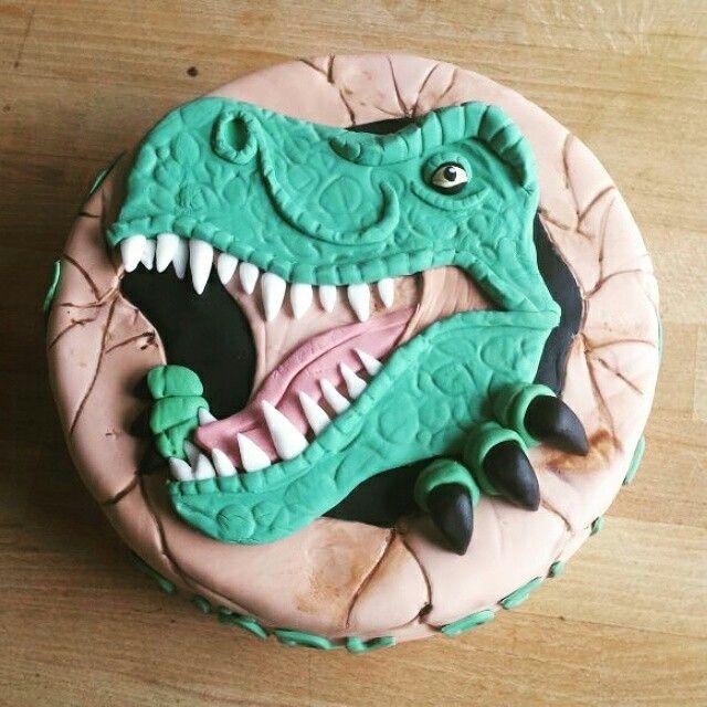 Dinosaurus taart van fondant. Dinosaur cake T-rex