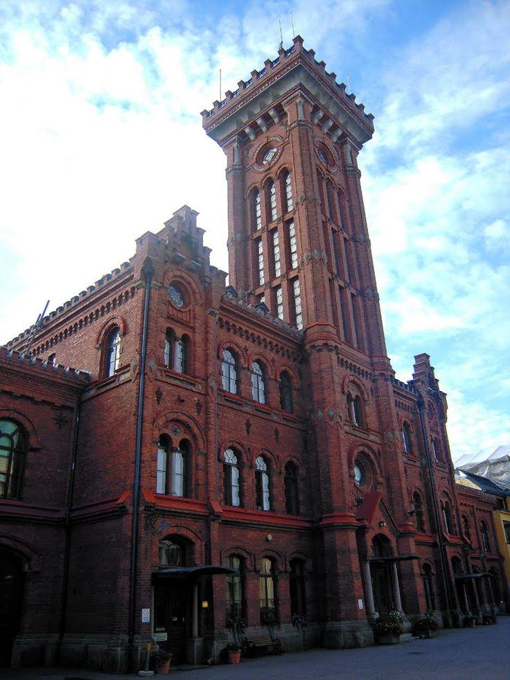 Erottaja Fire Station - (1891)  Korkeavuorenkatu 26, Helsinki. Remontoitu 2011-2013. Kuva Petteri Kantokari