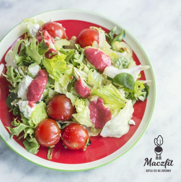 Zdrowa alternatywa #pomidorki #sałata #salad #plate #dieta #fit #odchudzanie #forma #perfect #shape #smaczne #warzywa #posilki #z #dowozem #catering #maczfit #5aday