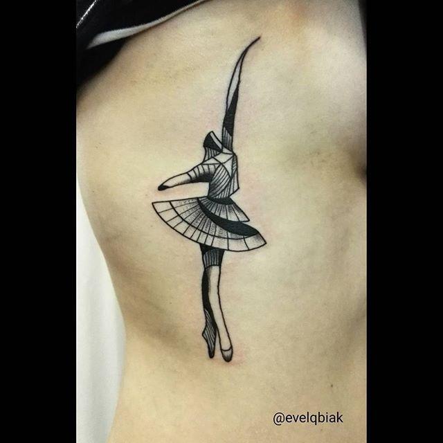 #dancer #dance #balerina #blackwork  #blacktattoo #blackworkerssubmission  #onlyblackart #formink #inked #tattrx #tattoo #lineart #linetattoo #rocknink #rockninktattoo #evelqbiak #tatuaż #tattooart #krakow #kraków #poland