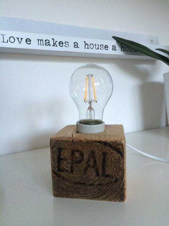 Lampada cubo in legno riciclato pallet di EcoNaturaBio su Etsy