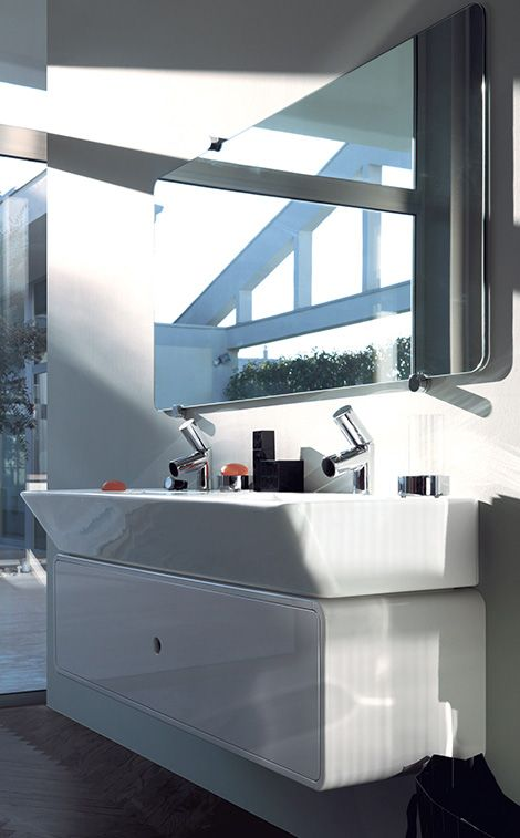 Enthusiastic bathroom! Faucets: Il Bagno Alessi Dot by Wiel Arets.