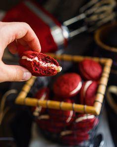 Вупи Красный бархат — прекрасный вариант десерта Знаете ли вы, что такое печенье Вупи (whoopie)? Это такие нежные воздушные…