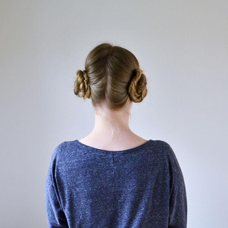 SWOKI Prinzessin Leia Frisur - Anleitung auf http://swoki.at/2015/12/17/tutorial-princess-leia-hair-style-part-1-prinzessin-leia-frisur-teil-1/ // SWOKI Princess Leia hair do - tutorial onhttp://swoki.at/2015/12/17/tutorial-princess-leia-hair-style-part-1-prinzessin-leia-frisur-teil-1/
