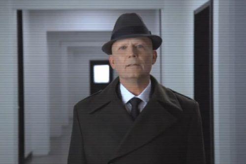 'Fringe' Season 5 Video: A Message from the Observers http://www.buddytv.com/articles/fringe/fringe-season-5-video-a-messag-47310.aspx