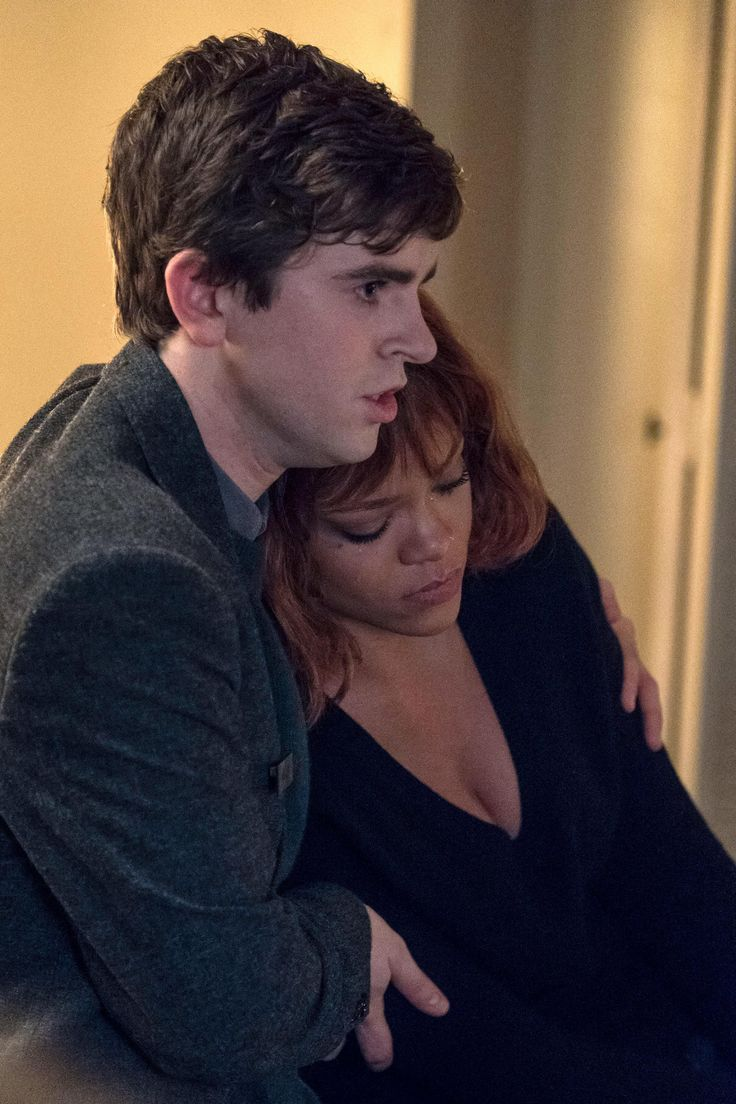 'Bates Motel': Kerry Ehrin on Reimagining the 'Psycho' Shower Scene