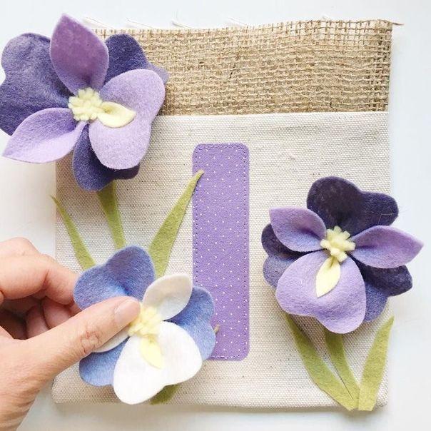 открытка с цветами из фетра нашем каталоге
