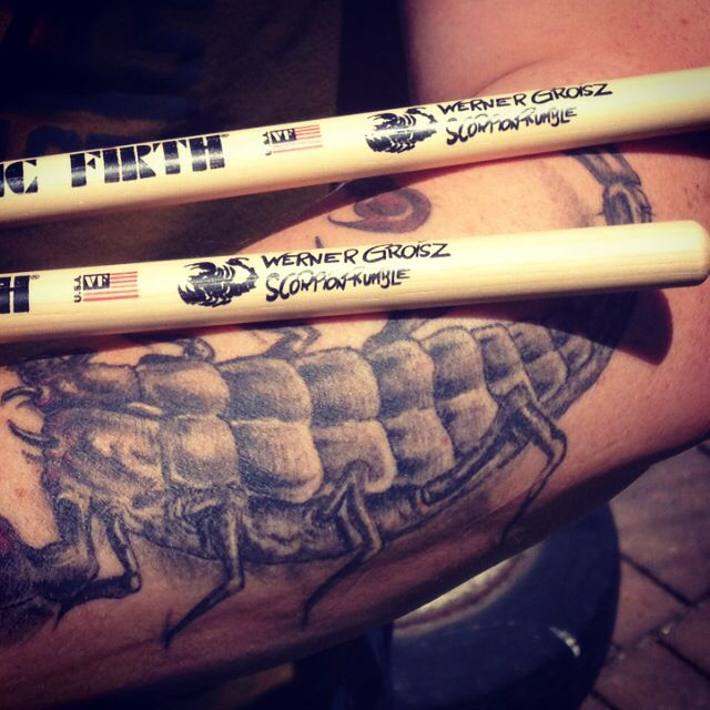 werner groisz / scorpion rumble vic firth drumstick