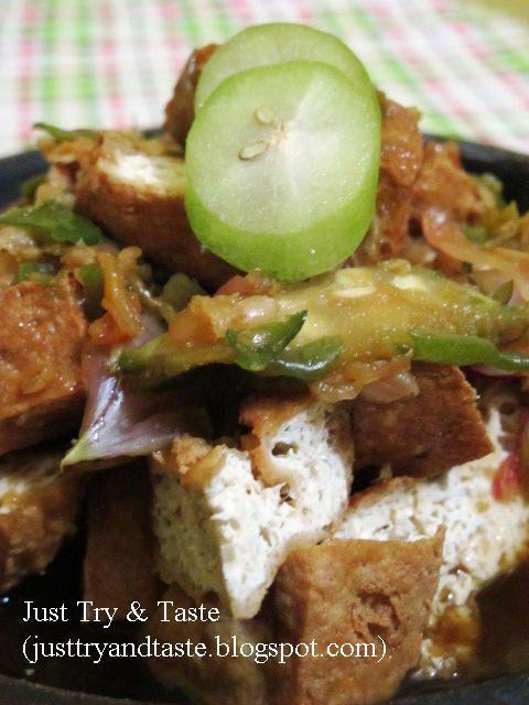 Just Try & Taste: Asem Gurih, Tahu Gejrot Belimbing Wuluh