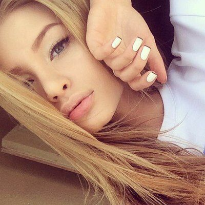 girl, blonde, and nails εικόνα