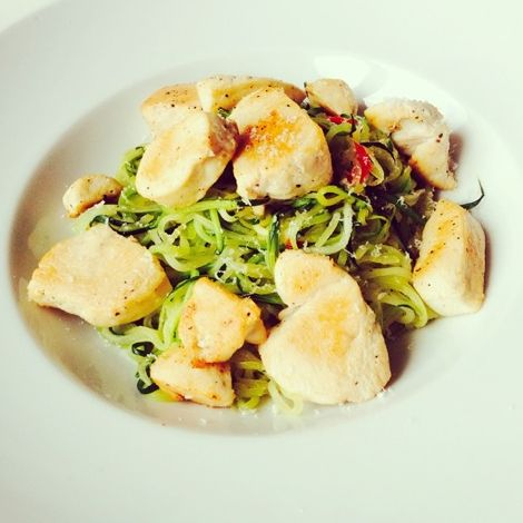 Laag in coolhydraten en Kcal, hoog in Eiwitten? Zucchini pasta!