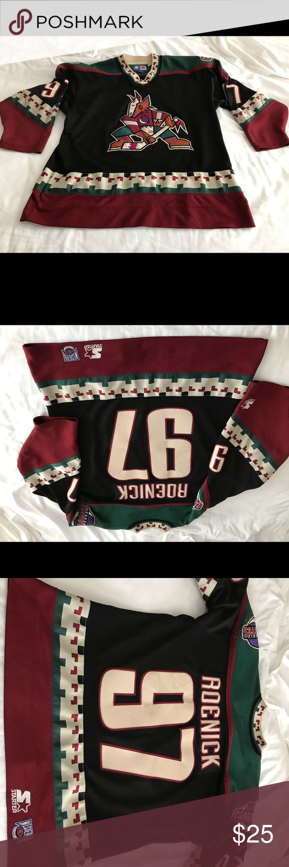 Arizona Coyotes Jersey Hall of gamer ROENICK (97).   Very good condition.  Starter brand STARTER Shirts