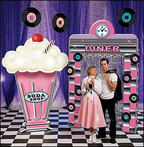 1950 Diner Booths | 1950s+Diner+party+decorations-1950s+Diner+ & 9 best 1950u0027s Diner images on Pinterest | Birthdays Diner party and ...