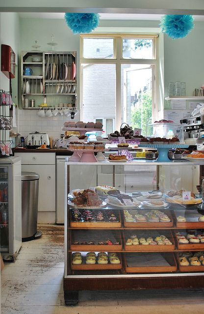 Bakery goods display case- Primrose Bakery | London
