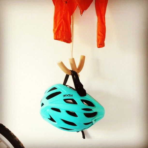 Ang up your helmet after all that spring designed and made product by MUV:A  #cycling #bicycle #storage #declutter #design #madeinlondon #designspirarion #homeaccessories #createur #fabriquemain  #editeur #hook #ancre