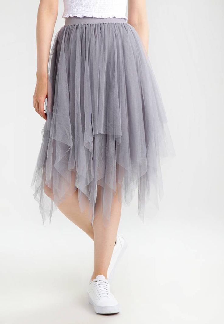 """New Look. HANKY HEM - A-line skirt - mid grey. Our model's height:Our model is 70.0 """" tall and is wearing size 8. Fit:regular. Outer fabric material:100% polyester. Pattern:plain. Care instructions:machine wash at 40°C,do not tumble dry,Machine..."""